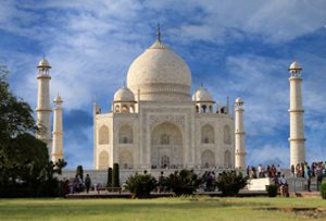 taj-mahal-tour-with-khajura
